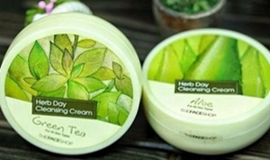 Picture for category CLEANSING CREAM / LOTION / WATER